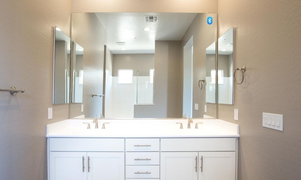 Image-Of-Bluetooth-Mirror-With-Music