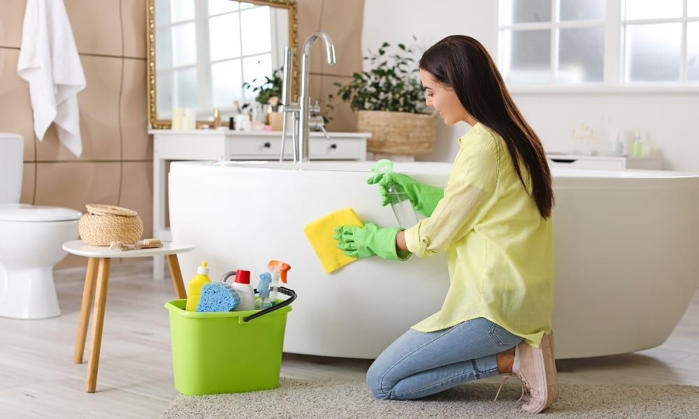 Make Your Bathtub Ultra Clean
