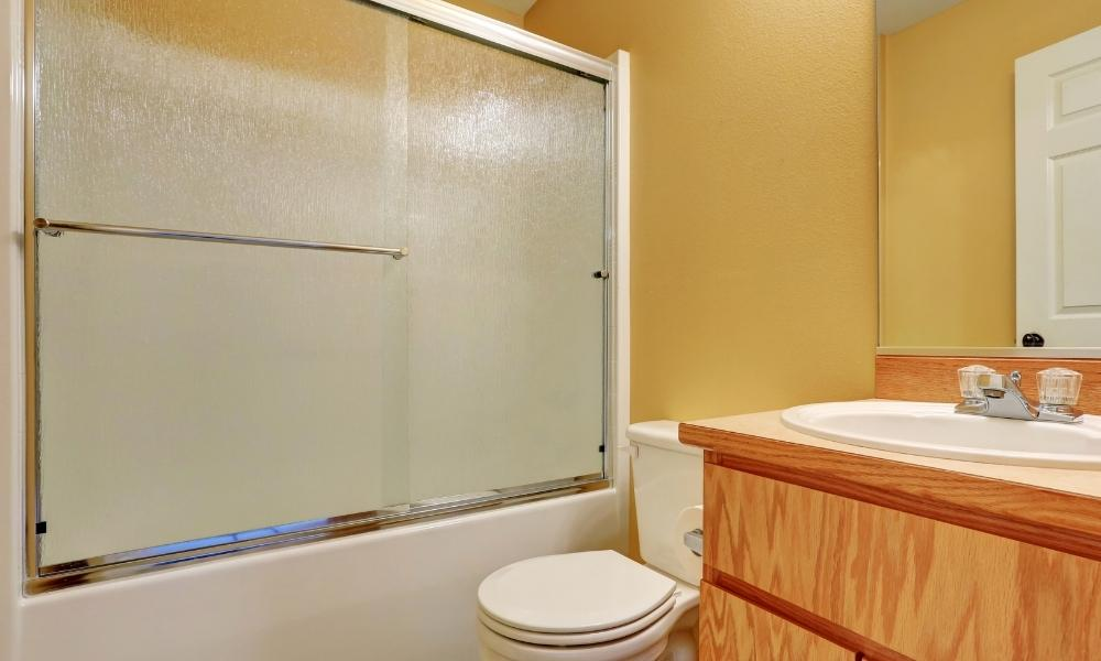 Image-Showing-Frosted-Bathroom-Shower-Screen