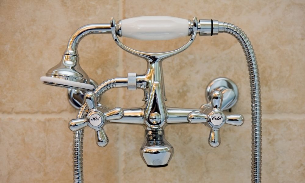 Image-Of-Traditional-Bathroom-Tap