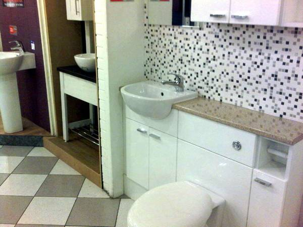 Showroom bristol bathroom city for Bathroom showrooms in bristol