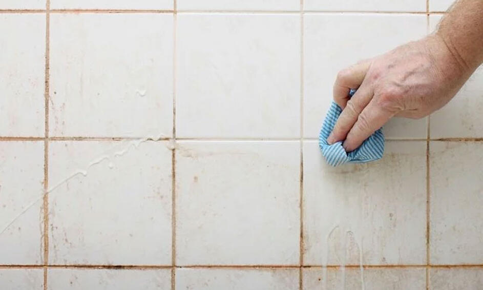 An image showing how to prevent growth of mould in your Bathroom