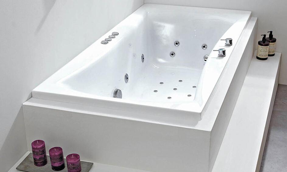 luna whirlpool bath bathroom city
