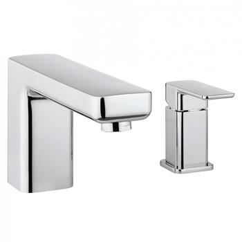 Modern CHROME Bath Filler  With a featured Standard spout And a lever Handle