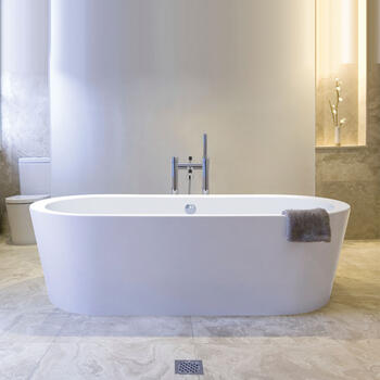 Plazia 1780 X 800 X 540 Freestanding Luxury Round Bath